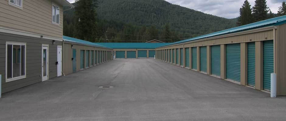 west kootenay self storage in south slocam, bc