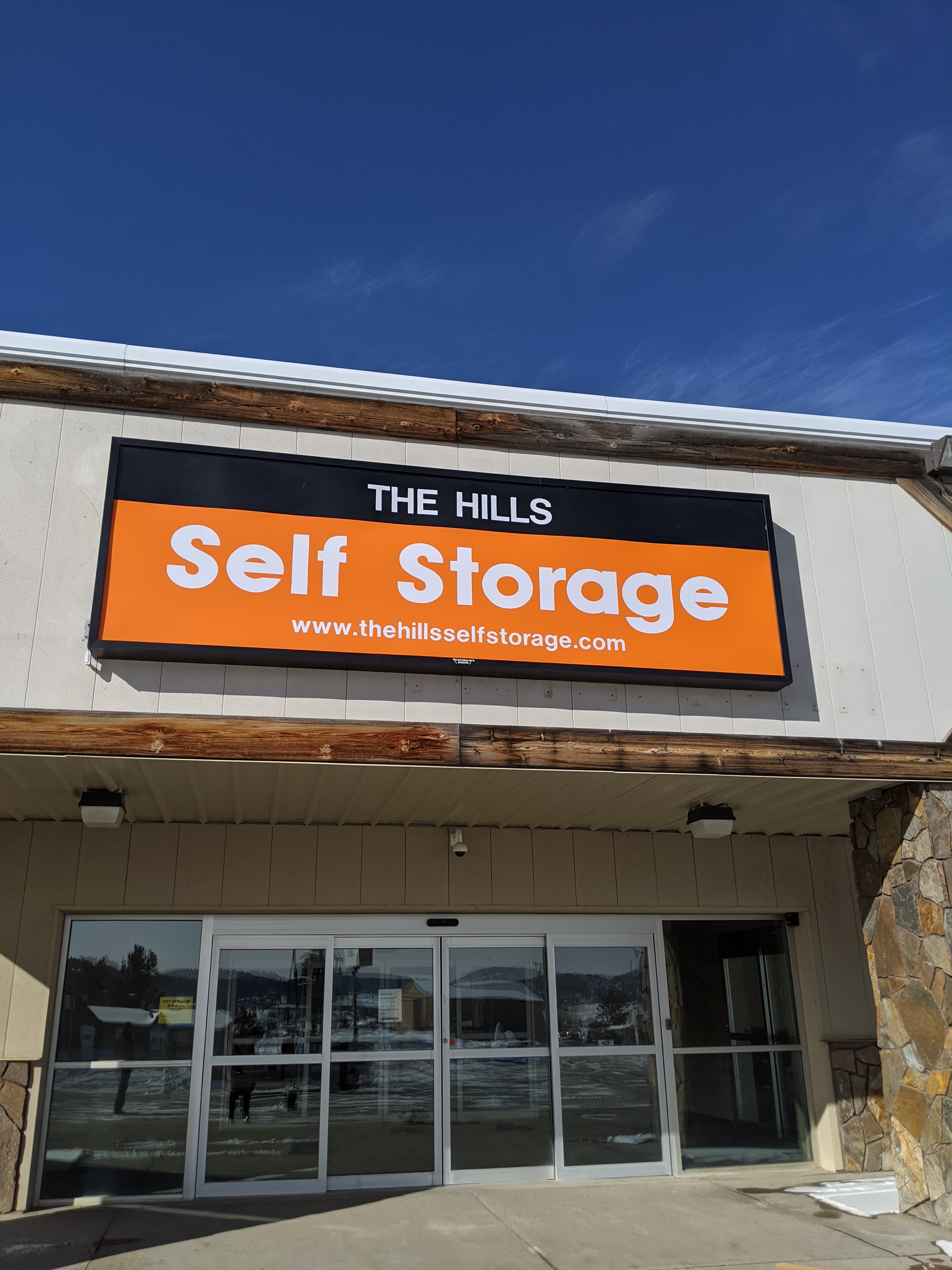 the hills self storage front entrance