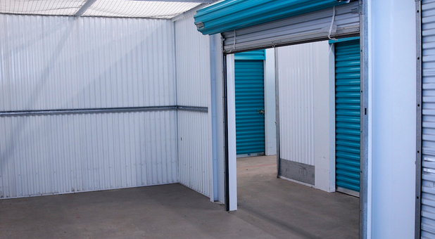 roll-up doors for easy access depew, ny