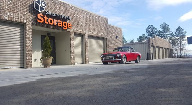 Drive up storage units in Lenoir City, TN