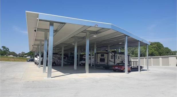 Covered parking in Lenoir City, TN