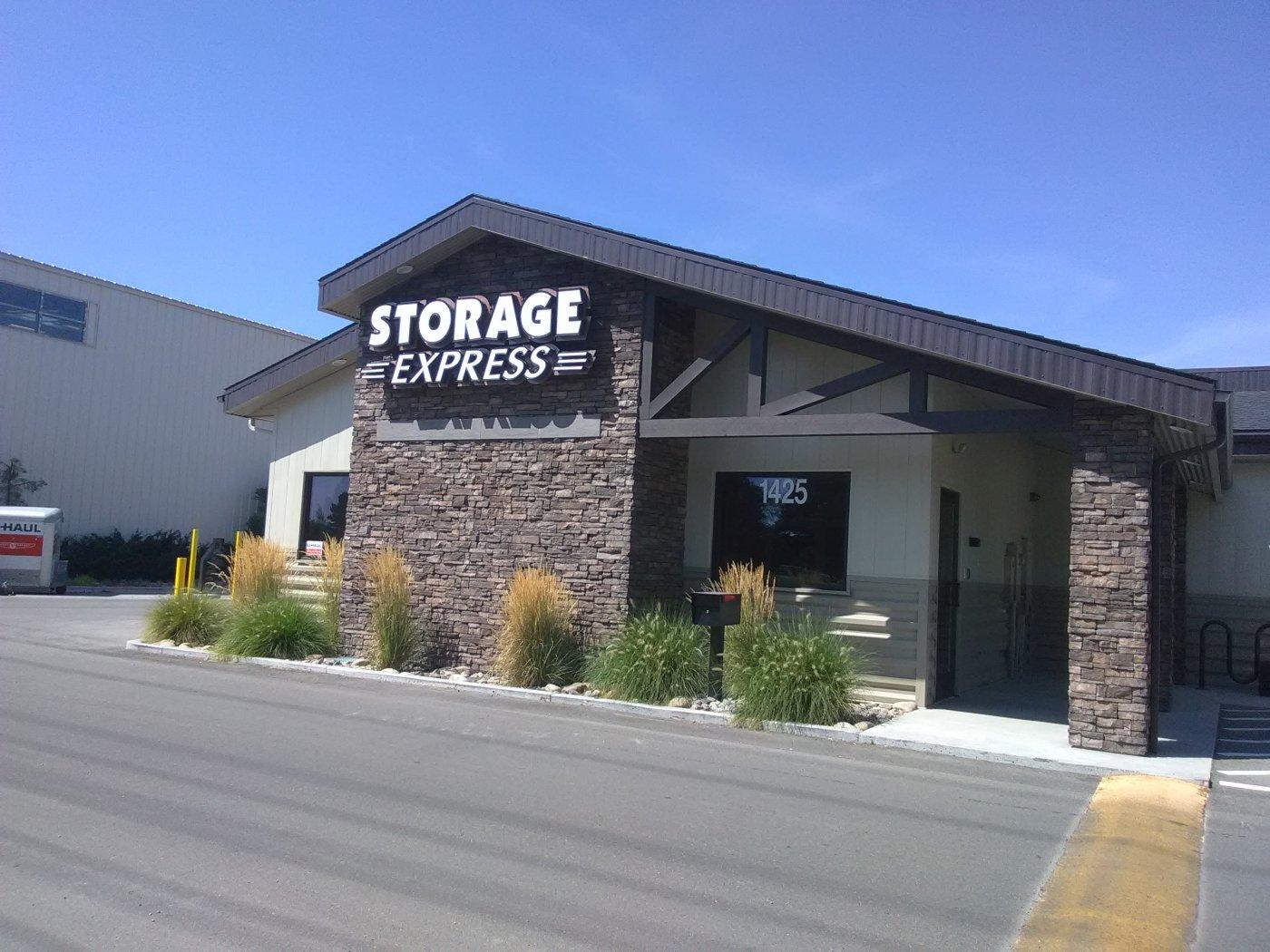 storage express exterior