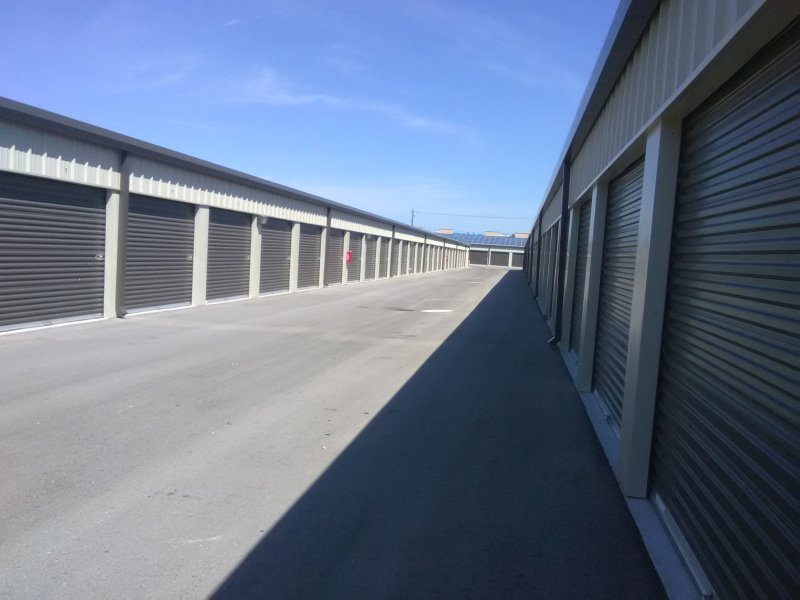 Outdoor storage units