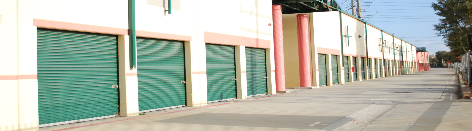 self storage units in Redondo Hermos, Cerritos, and South Gate CA