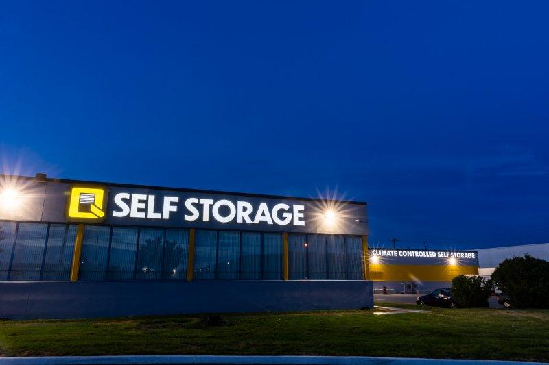Q Self Storage Outside
