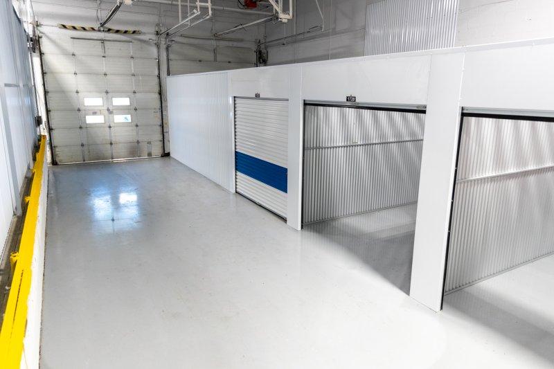 q storage interior 2