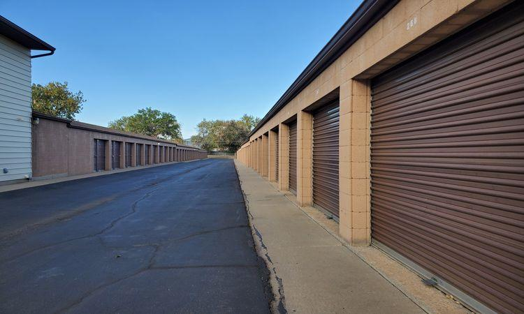 Outdoor Storage Units with Drive Up Access