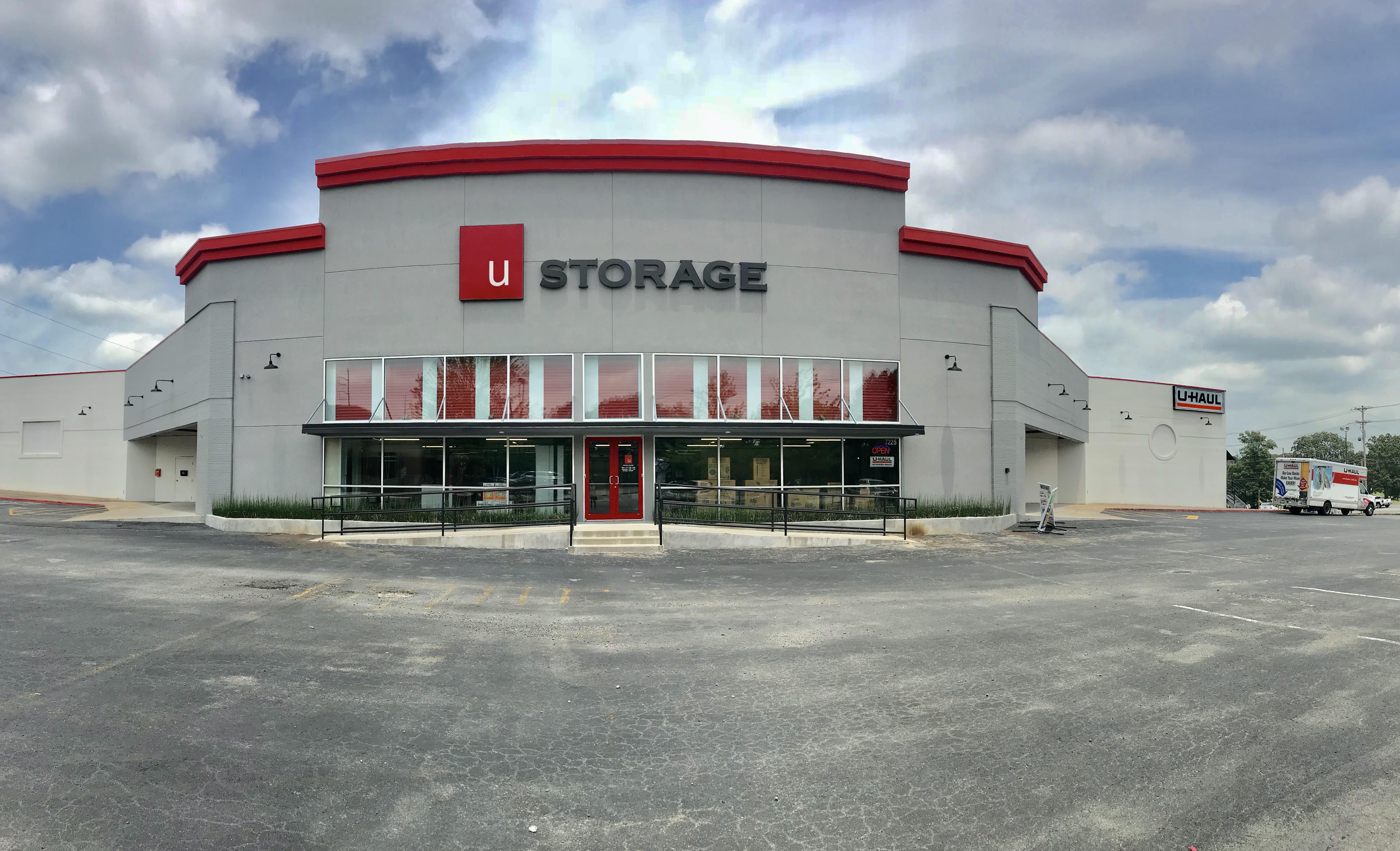 Self Storage Facility in Sherwood, AR