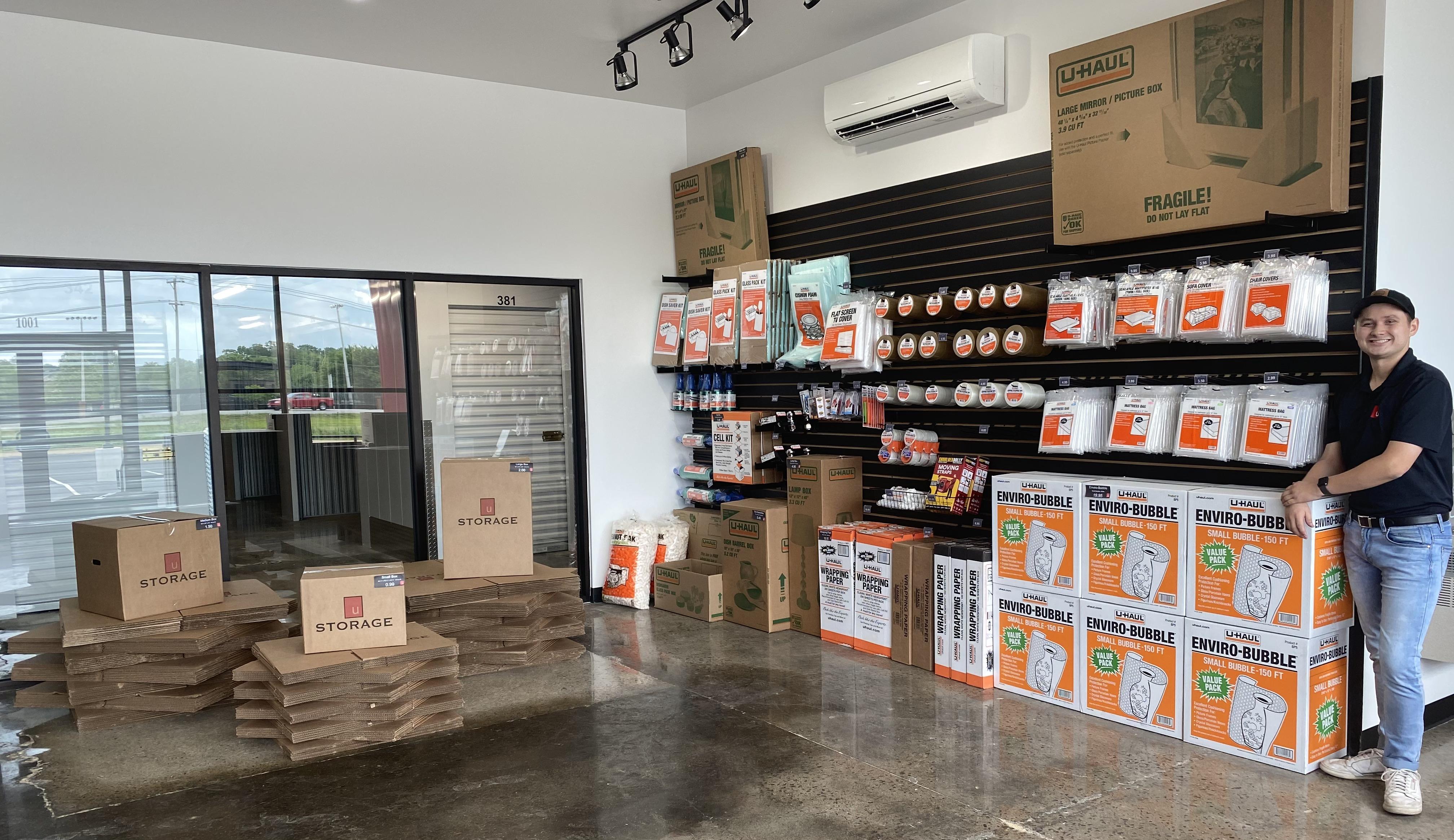 Searcy U Storage Retail