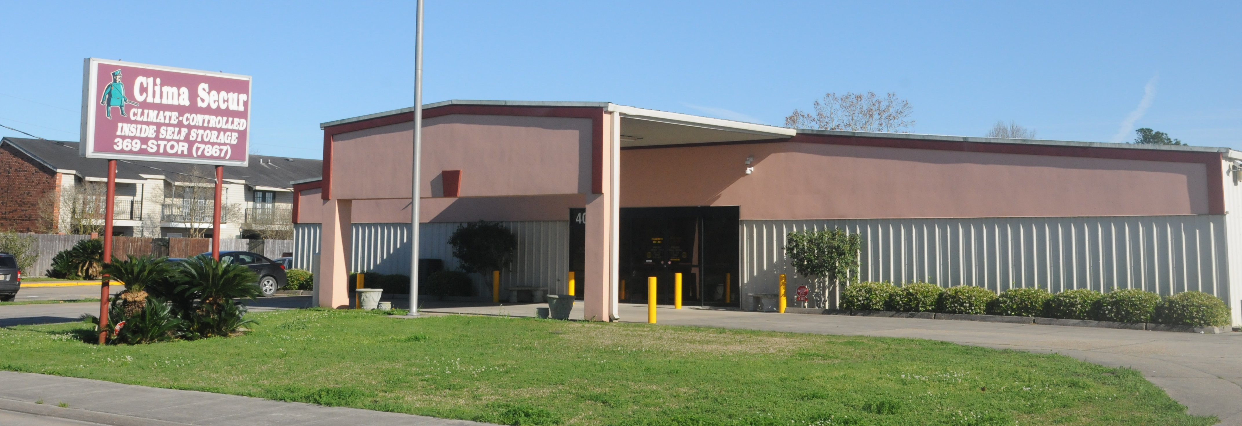 Storage units in New Iberia, Louisiana