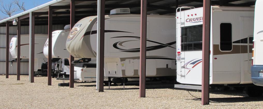 Caravan Self Storage: RV storage