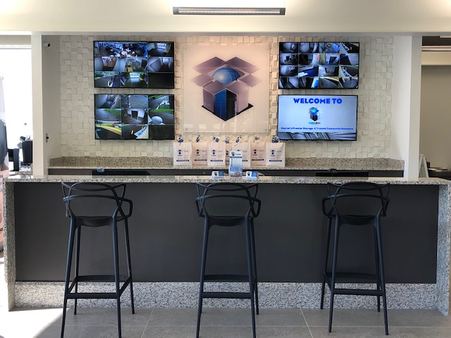 Coffee Bar and Lounge area