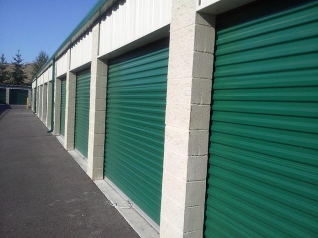 roll up door on all units Tacoma, WA