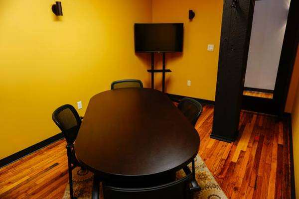 Conference room available in Omaha, NE