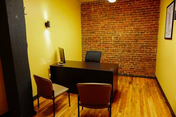 Private office spaces available in Omaha, NE