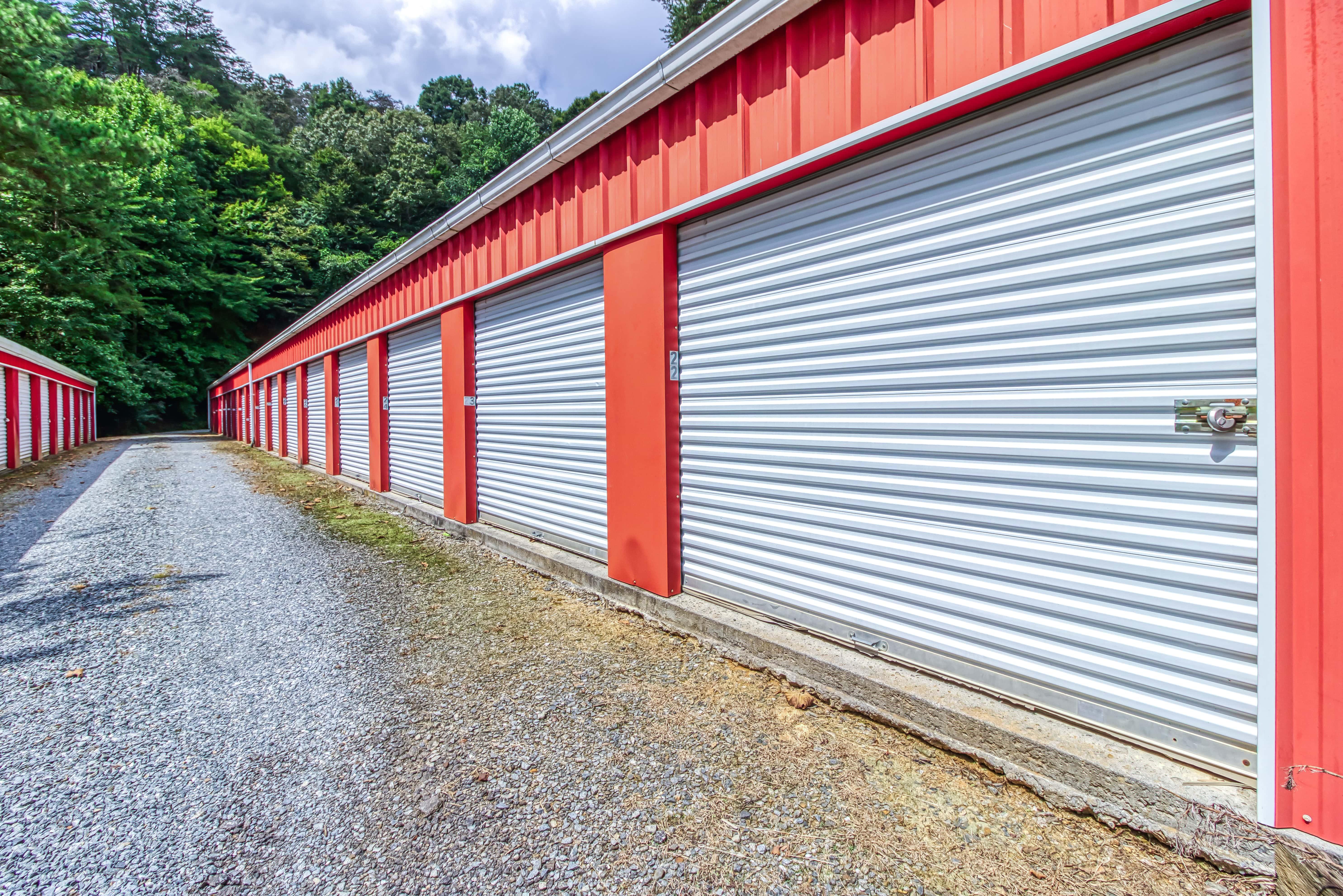 Large Storage Units on Main Street in Ellijay GA