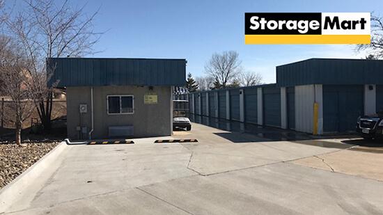 StorageMart - Self Storage Units Near Fleur Dr & McKinley Ave In Des Moines, IA