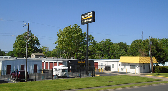 StorageMart - Self Storage Units Near I-10 and Shattuck In Lake Charles, LA