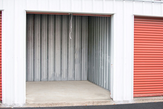 StorageMart Drive Up unit- Self Storage Units Near I-10 and Shattuck In Lake Charles, LA