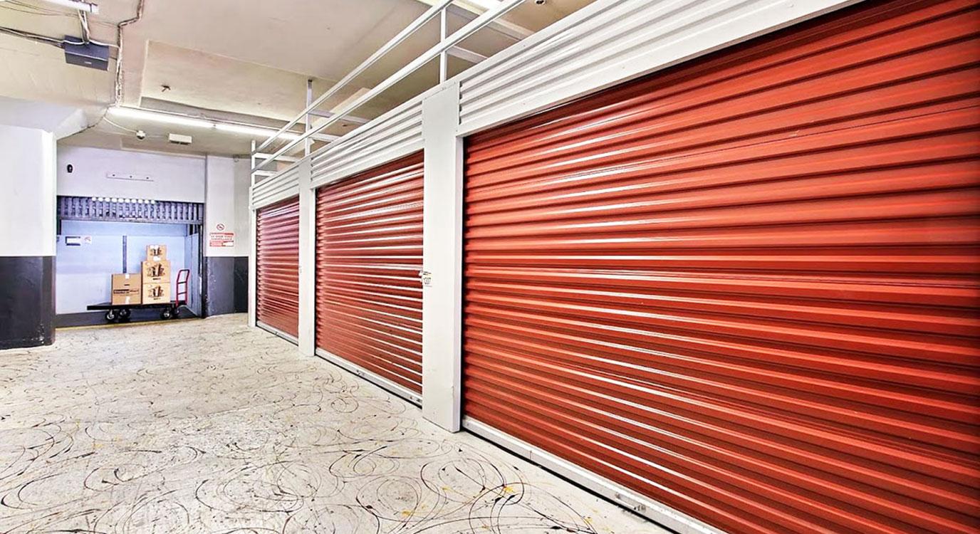 StorageMart - Self Storage Units Near Mandela Pkwy & I-580 In Oakland, CA