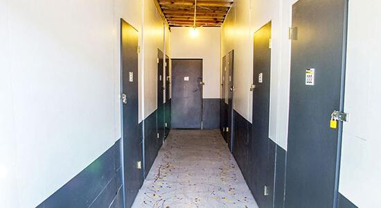 StorageMart - Almacenamiento Cerca De Airbase Pkwy & Walters En Fairfield,California