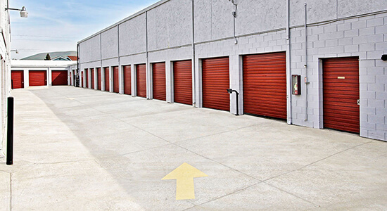 StorageMart Drive Up Units - Self Storage Units Near Clayton Rd & Ayers In Concord, CA