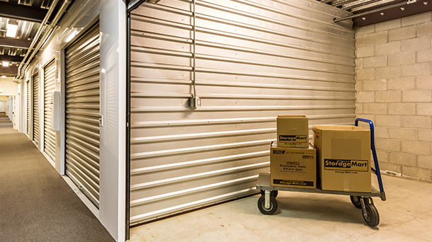 StorageMart - Almacenamiento Cerca De Soquel Drive En Soquel,California