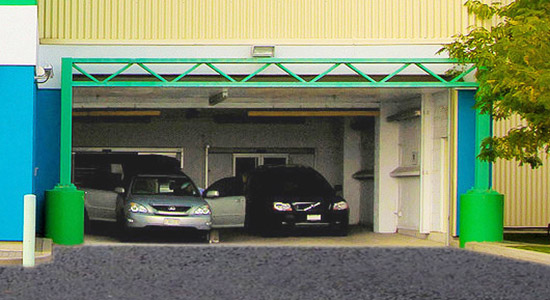 StorageMart Covered Loading Bay - Self Storage Units Norseman In Etobicoke, ON