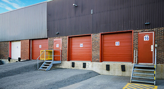 StorageMart Dock High Loading Bay- Self Storage Units Near Essa and Ardagh In Barrie, ON