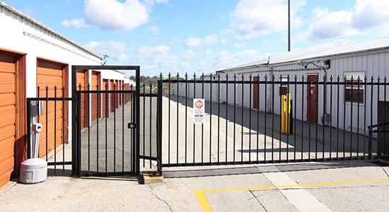 StorageMart Gated Access - Self Storage Units Near Galvani St in Quebec City, QC