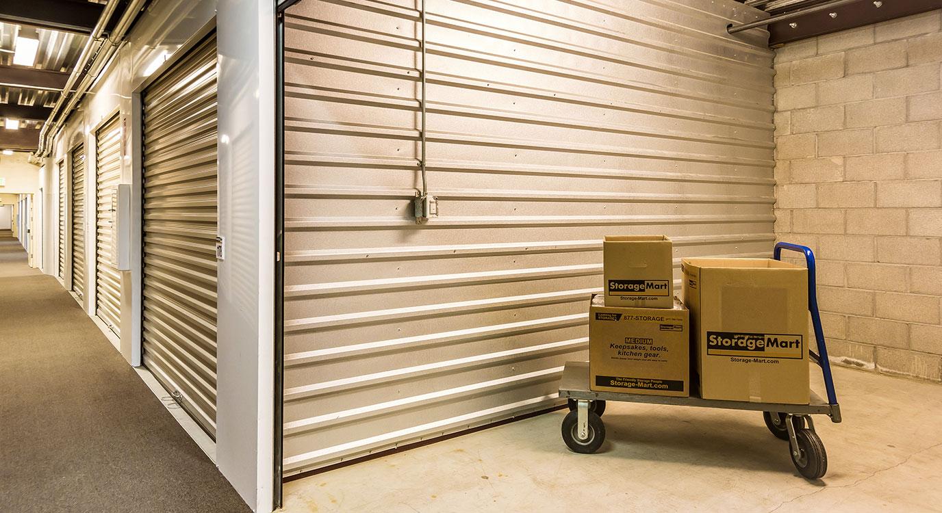 StorageMart - Almacenamiento Cerca De Baker Road En Virginia Beach,Virginia