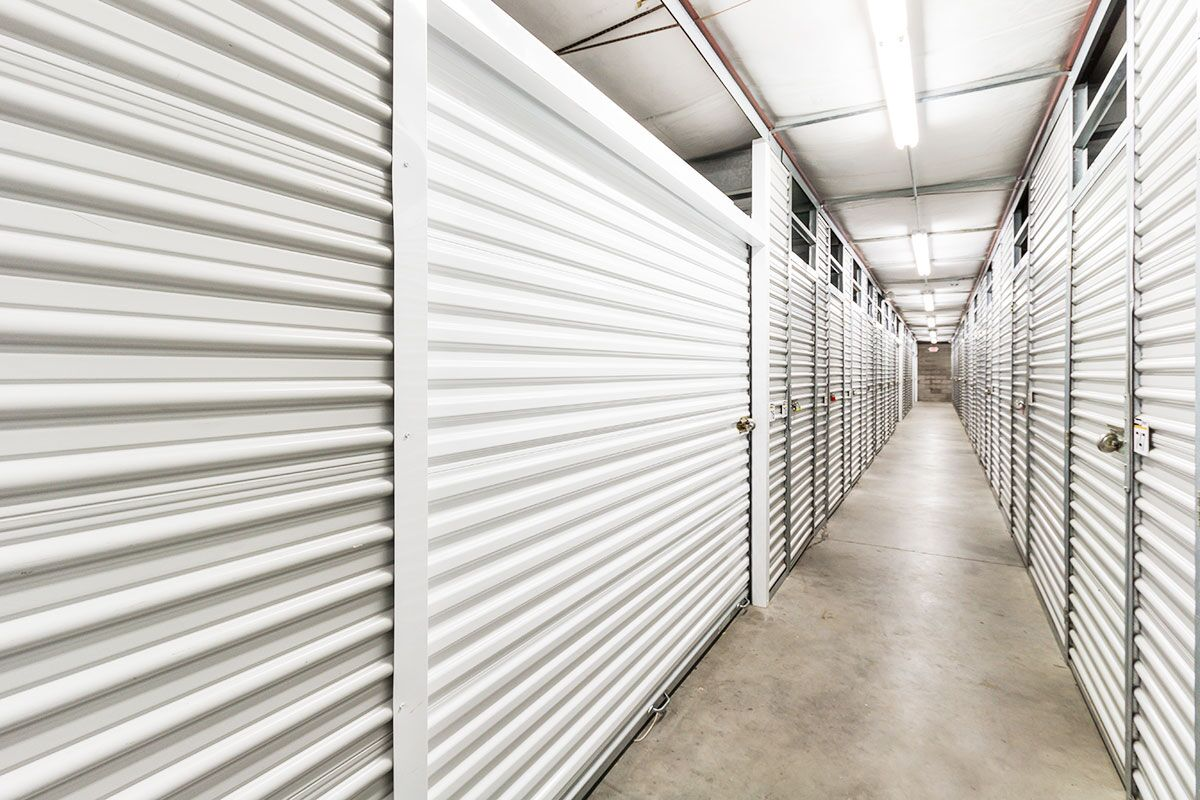 StorageMart - Self Storage Units Near SE 14th St & Bell Ave In Des Moines, IA