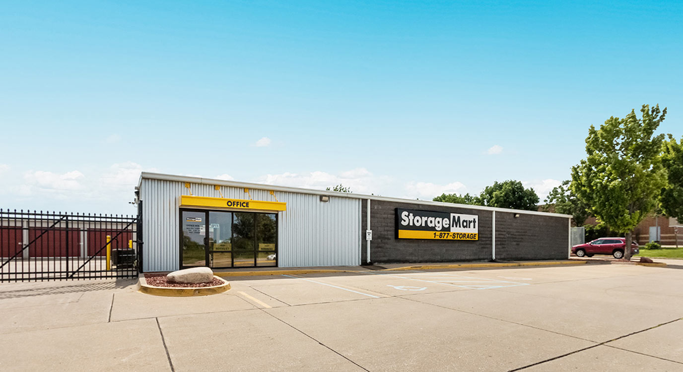 StorageMart - Self Storage Units Near S Ankeny Blvd In Ankeny, IA