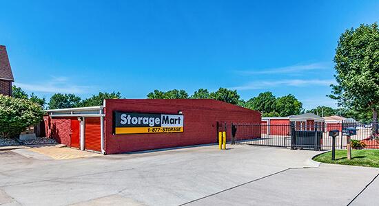 StorageMart Annex - Self Storage On Hickman Rd  In Windsor Heights, IA