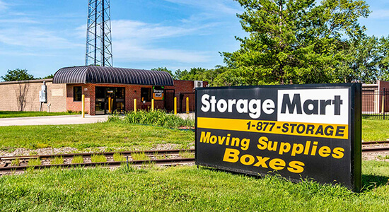 StorageMart - Self Storage Near 13th & Railroad Ave in West Des Moines,Iowa