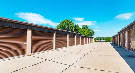 StorageMart Drive Up units- Self Storage Units Near Merle Hay Rd, north of I-80 In Johnston, IA