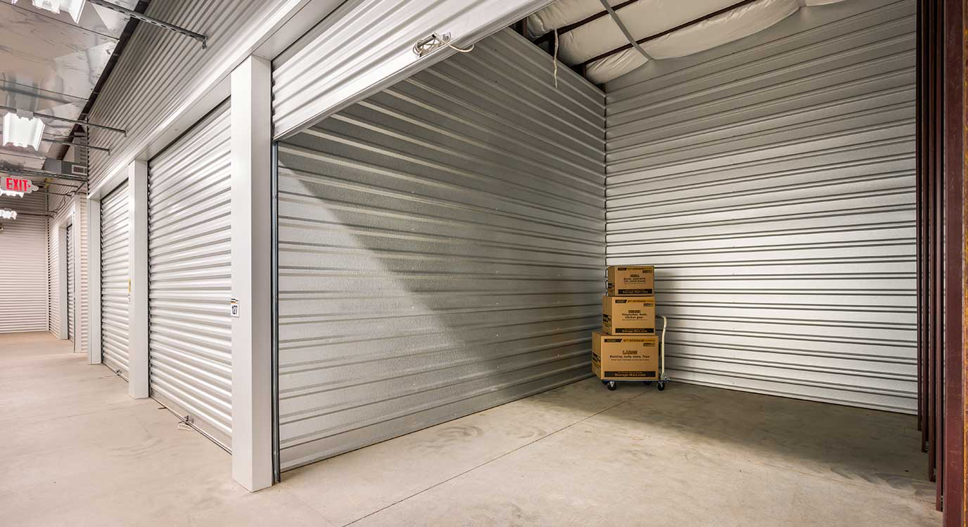 StorageMart - Self Storage Units Near SE Delaware & SE 3rd St In Ankeny, IA