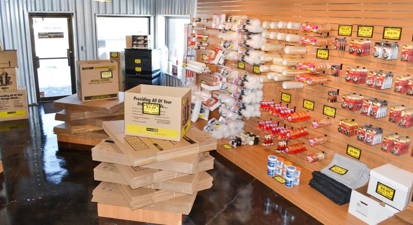 StorageMart - Self Storage Units Near Paris Road & Vandiver In Columbia, MO