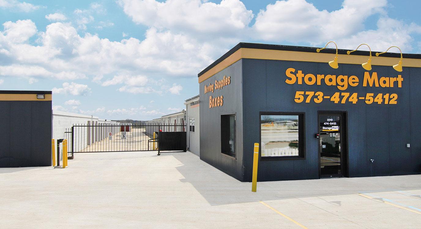 StorageMart - Almacenamiento Cerca De Paris Road & Vandiver En Columbia,Missouri
