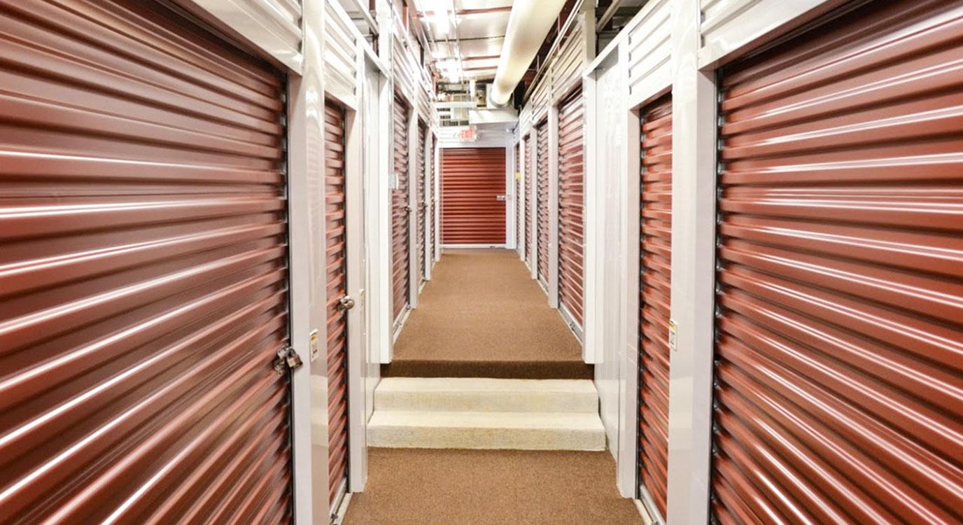 StorageMart - Almacenamiento Cerca De Missouri Blvd & St Marys En Jefferson City,Missouri