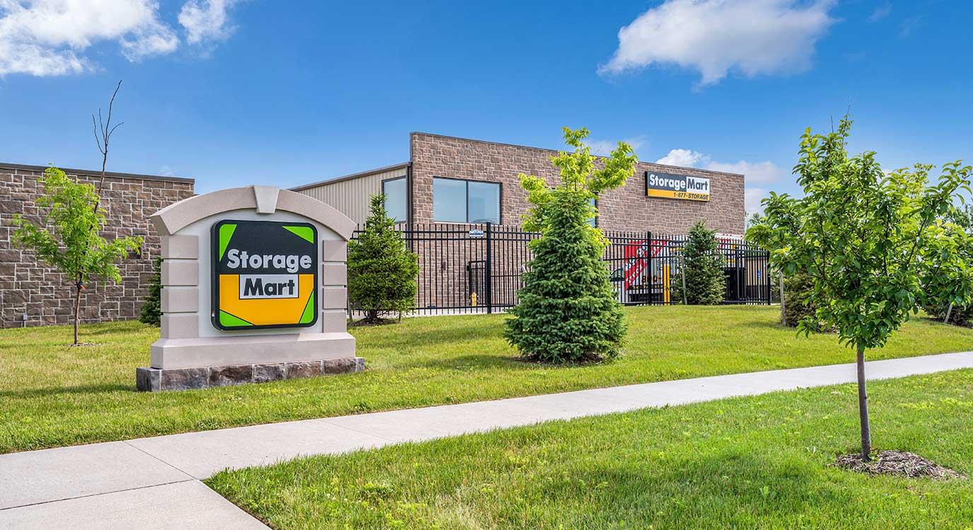 StorageMart - Self Storage Units Near Venture Dr & Warrior Ln In Waukee, IA
