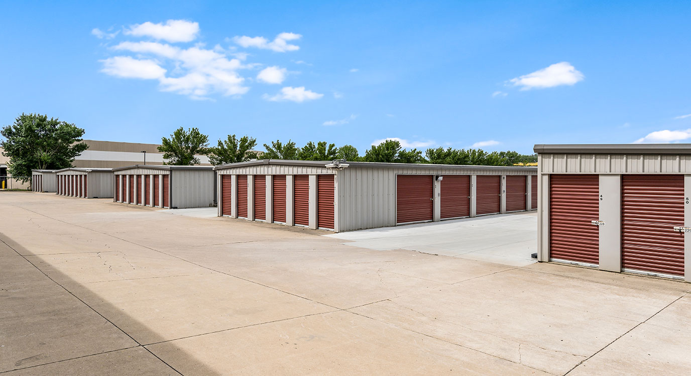 StorageMart - Storage Units Near NW 94th St & Hickman Rd In Clive, IA