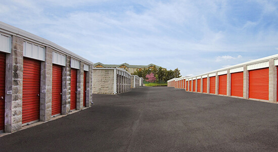 StorageMart Drive up units- Self Storage Supplies Near South Providence & Grindstone Parkway In Columbia, MO