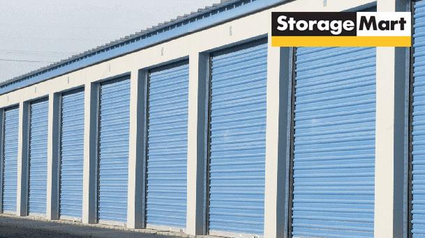 StorageMart Drive Up Crown Point Storage in Omaha