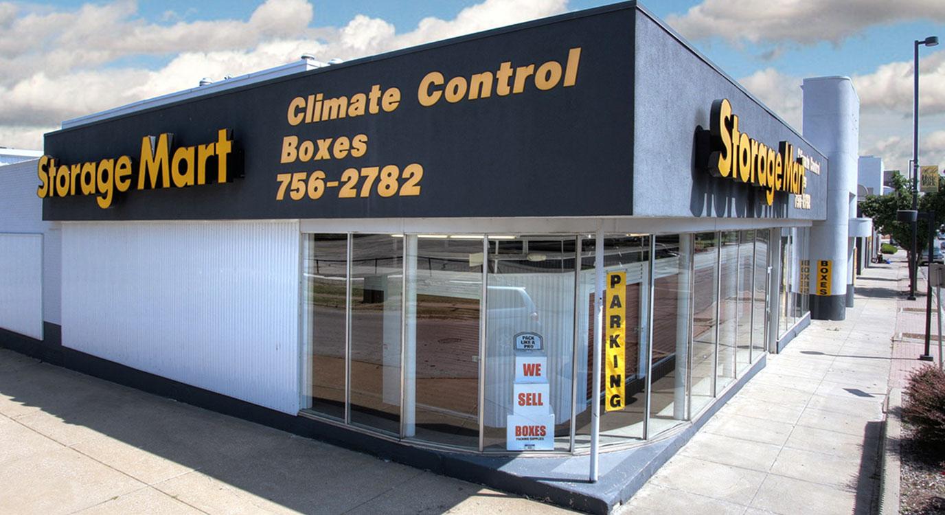 StorageMart - Almacenamiento Cerca De Broadway & 34th En Kansas City,Missouri