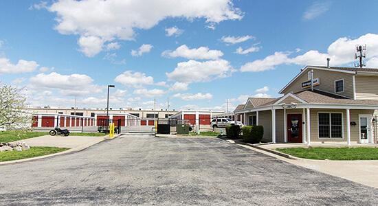 StorageMart Gate- Self Storage Units Near Stadium Blvd & W Worley In Columbia, MO