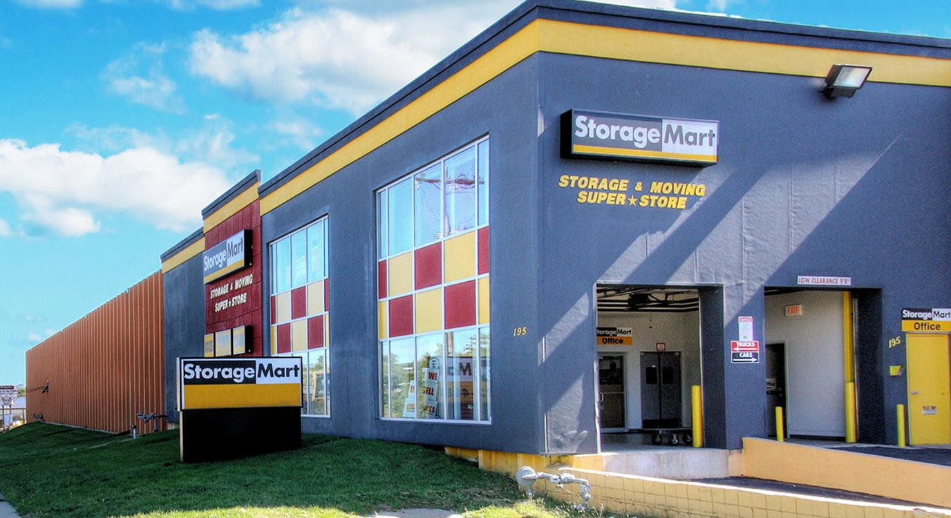 StorageMart - Almacenamiento Cerca De Southwest Blvd & Rainbow En Kansas City,Kansas