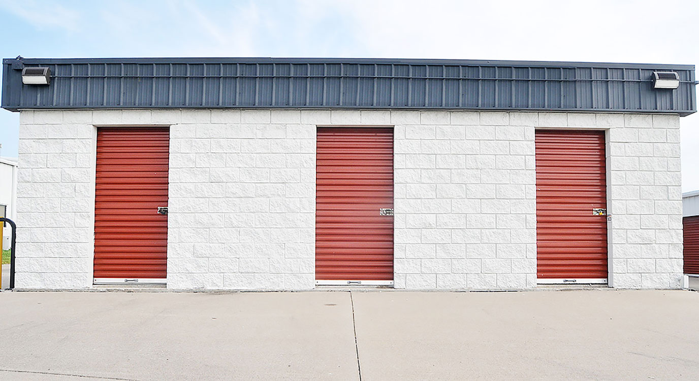 StorageMart - Almacenamiento Cerca De NW Jefferson Street & Valley Ridge Drive En Grain Valley,Missouri