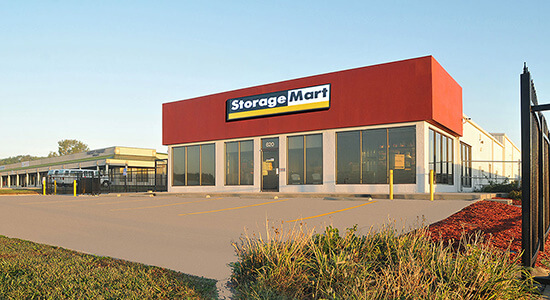 StorageMart - Almacenamiento Cerca De NW Jefferson Street & Valley Ridge Drive En Grain Valley,Missouri