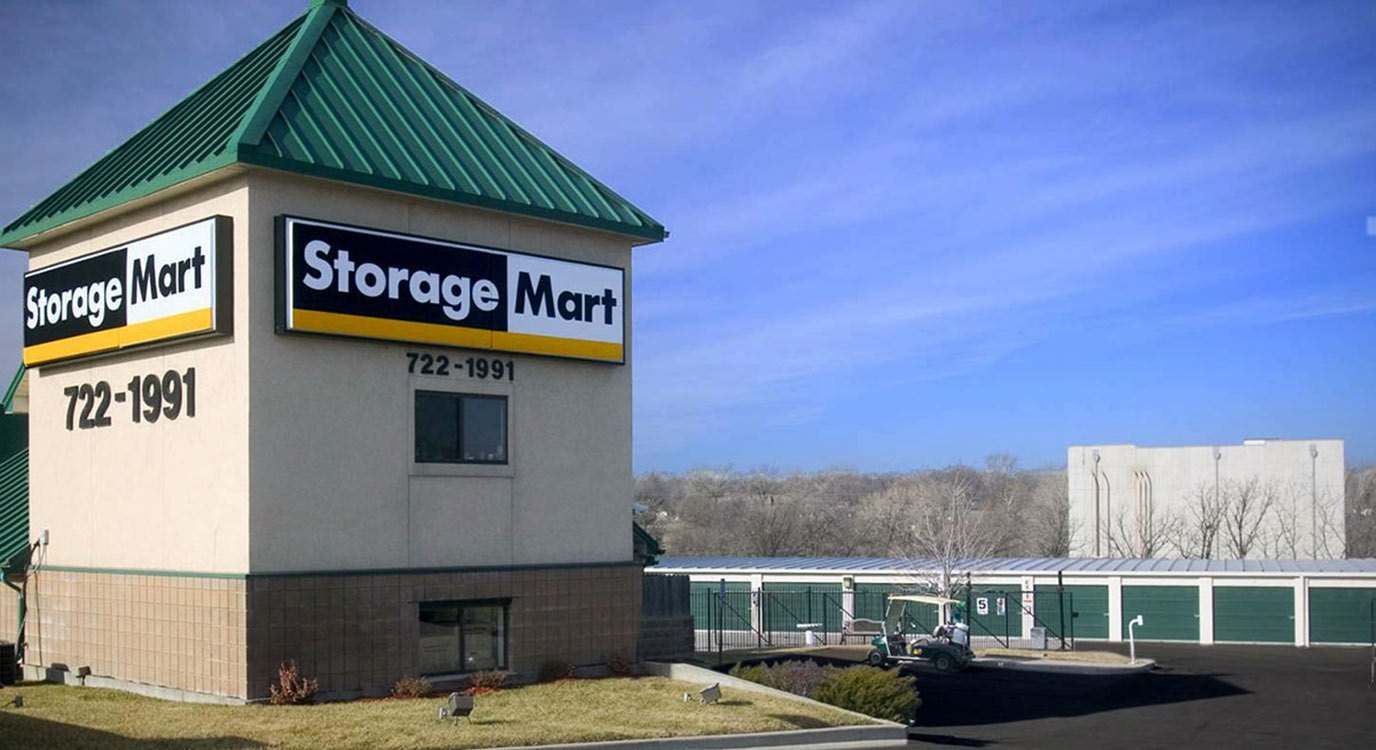 StorageMart - Self Storage Units Near 75th & I-35 In Merriam, KS